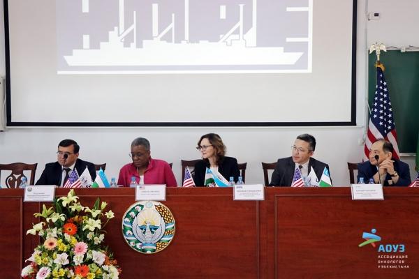 Project HOPE доставляет в Узбекистан лекарства
