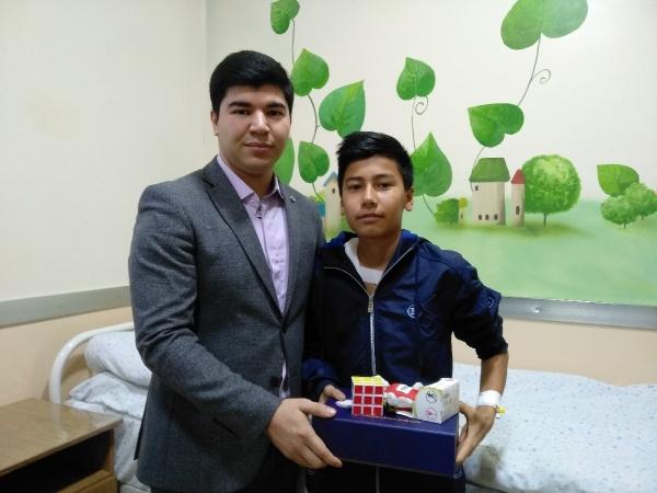 ЧАКБ «Ориент Финанс» и ФК «Локомотив» поздравили детей с Новым годом